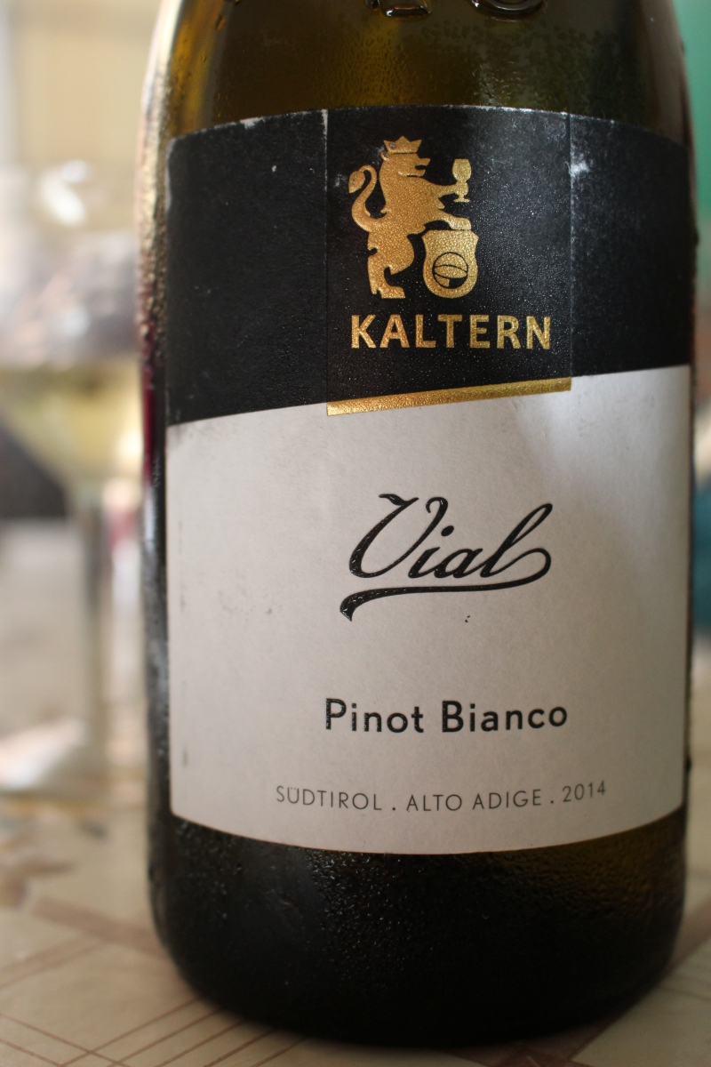 Kaltern: una grande cantina tra le montagne altoatesine #italy #vino #kaltern