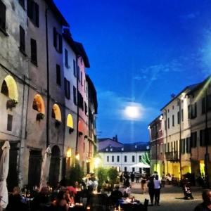 Vino & Musica per la Notte Blu diBrisighella