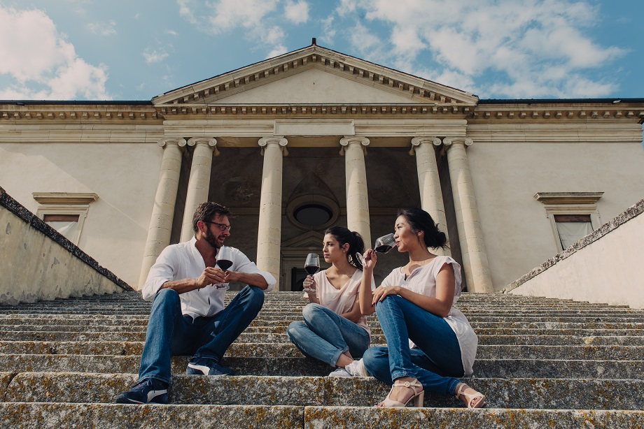 GUSTUS 2018: TUTTI IN VILLA PER I TRE GIORNI DEDICATI AI VINI COLLI BERICI VICENZA