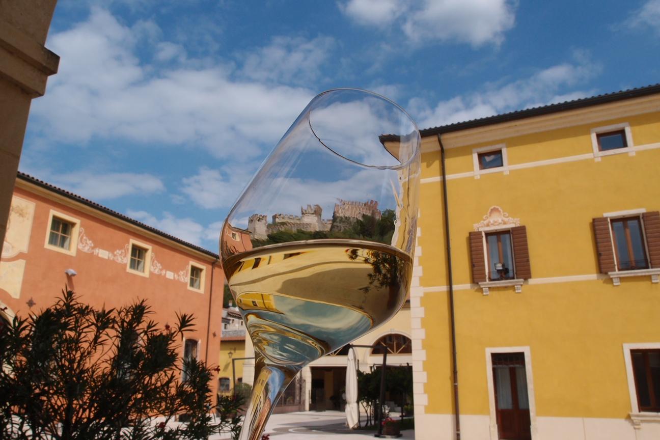 "Chiaropuro ""miglior vino bianco veneto"" per Mundus Vini"