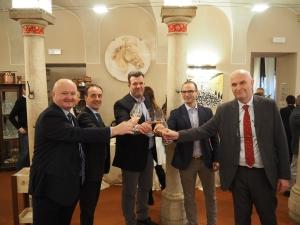 IL GARDA UNICA AREA ITALIANA TRA LE DIECI DESTINAZIONI VINICOLE TOP AL MONDO DEL 2019 SECONDO WINEENTHUSIAST