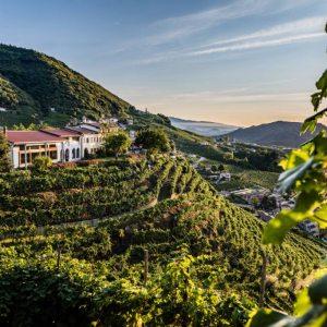 Vinibuoni d'Italia 2020 assegna due Corone  al Valdobbiadene DOCG brut 'Dosaggio Zero' 2018 di ColVetoraz