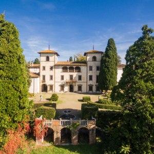 Dalla cantina a casa, Villa Bibbiani lancia il negozioonline