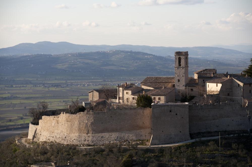 """Campello sul Clitunno (Umbria) – """"Festa dei Frantoi e dei castelli"""""""